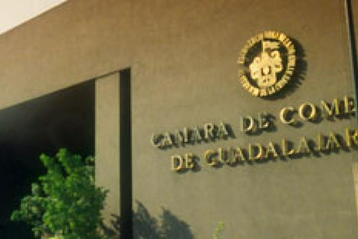 Fotografía edificio de cámara de comercio de Guadalajara