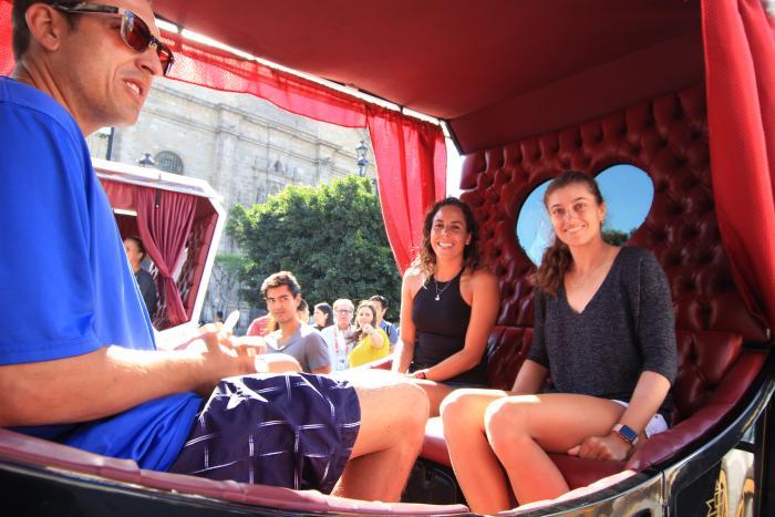Disfrutan tenistas del Abierto de Zapopan de un recorrido por el Centro Histórico de Guadalajara